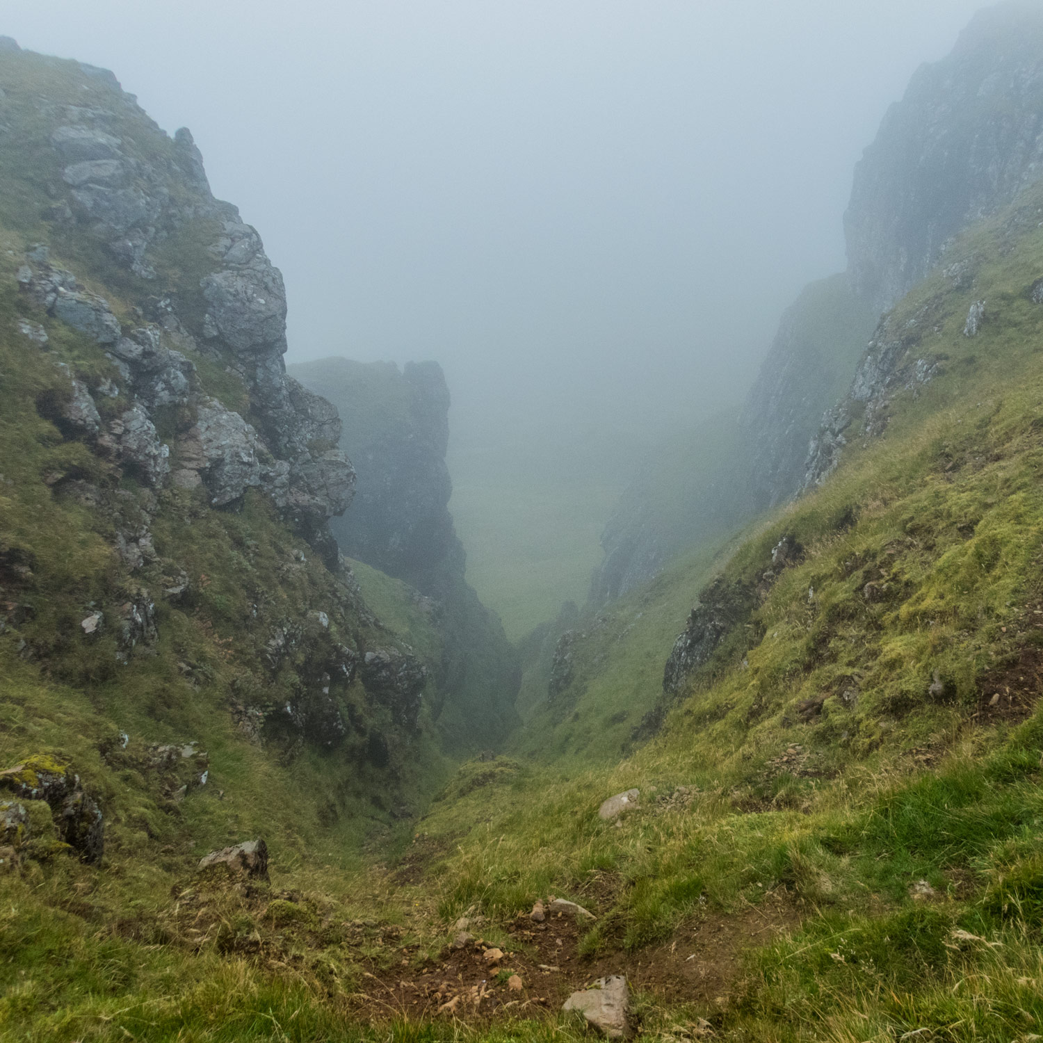Once on the Trotternish Ridge, there aren't many safe ways off.