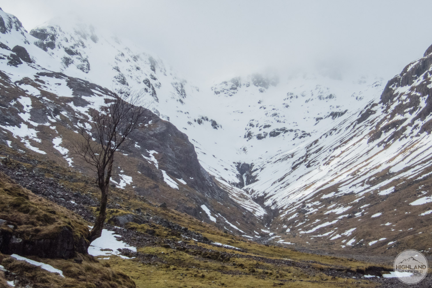 Reaching the Lost Valley with poor conditions up ahead.